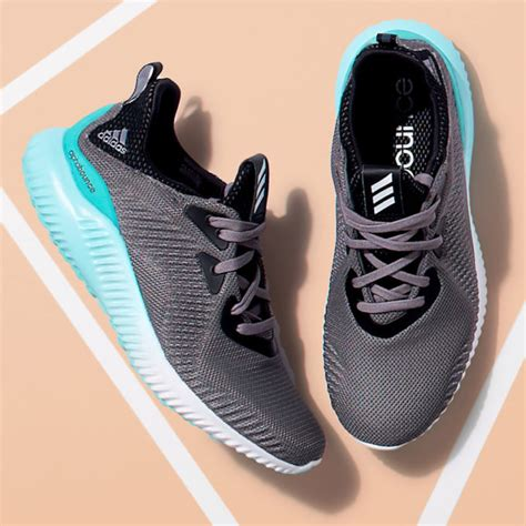 buying shoes on new year new year new you 2017 athletic shoes guide nawo