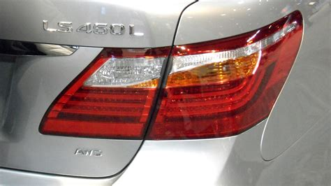 Ls And Lighting by File 2010 Lexus Ls 460 Light Jpg Wikimedia Commons