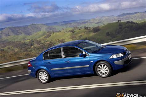 renault megane sedan diesel renault megane sedan photos 1 of 5