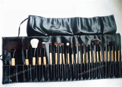 Makeup Brush Set Mac m a c professional m a c makeup brush set 24 pc new 38