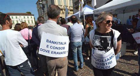 popolare di vicenza piazza venezia popolare vicenza azionisti in piazza pronti alle class