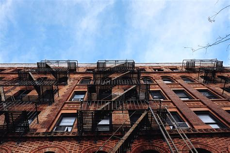Light Bulb Color Free Picture Sky Urban Wall Windows Architecture