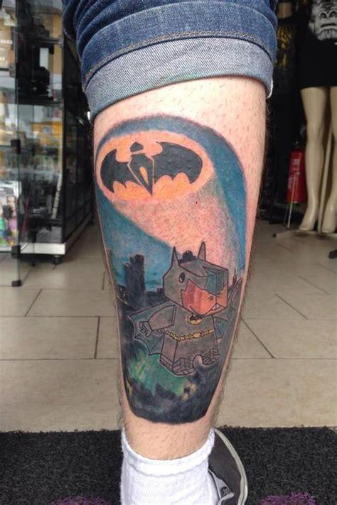 tattoo 3d em curitiba jovem faz tatuagem em homenagem 224 mascote da prefeitura de