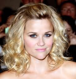 Fashion hairstyles for round faces and thin hair