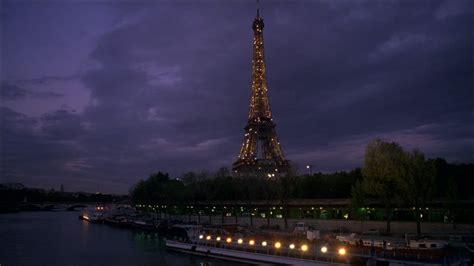 bateau mouche tour eiffel ville nuit paris france hd stock video 201 726 073