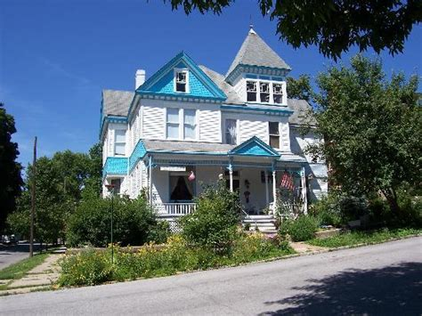 hannibal mo bed and breakfast garden house bed breakfast