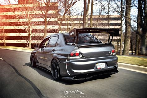 mitsubishi modified wallpaper mitsubishi evo 9 cars sedan modified wallpaper 1680x1120