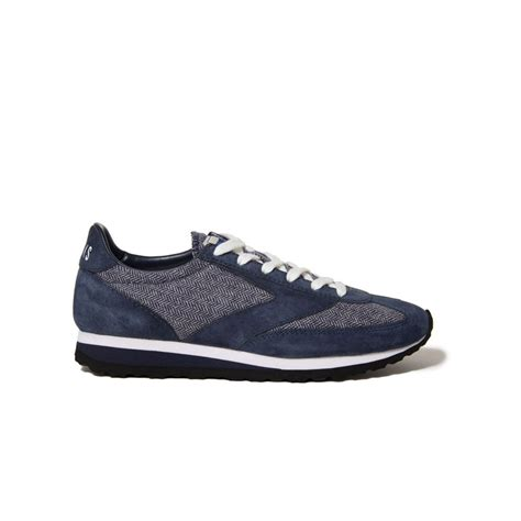 brook shoes vanguard shoes so that s cool