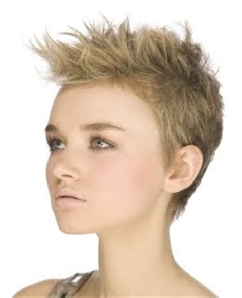 short hairstyles and haircut trends may 2010 trend hairstyles for women 2010 2010 short choppy pixie