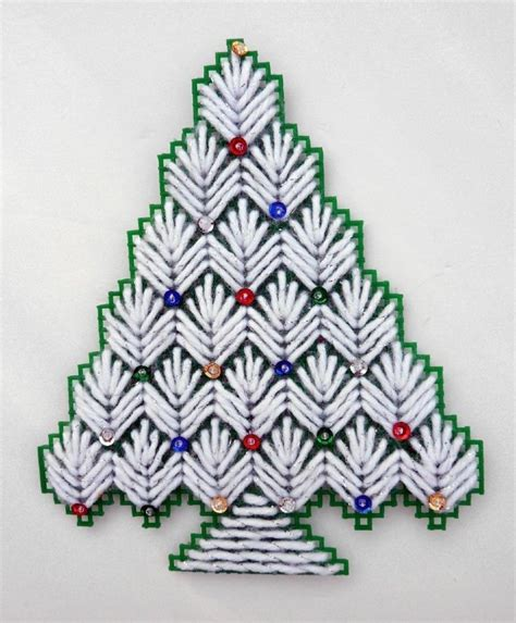christmas tree plastic canvas pattern 17 best images about plastic canvas on pinterest