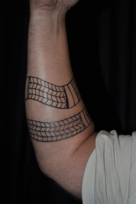 aboriginal tattoos rainbow serpent aboriginal tattoos