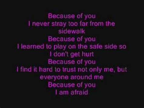 because of you kelly clarkson kelly clarkson because of you lyrics youtube