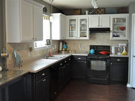 Kitchen Cabinet Top 38 Black Bottom And White Top Kitchen Cabinets New Kitchen Style