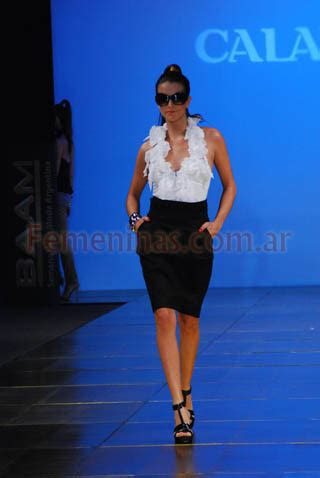 levantando faldas ropa elite 250 ltima moda faldas con blusas
