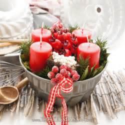 dekoration adventskranz adventskranz im landhausstil rot wei 223 e landhaus deko