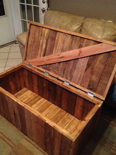 Pallet Kayu B 733 1111 1000 ideas about wood storage box on pallet