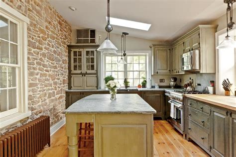 traditional trades period kitchen cabinets house