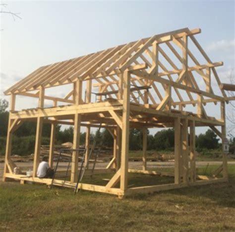 Construire Une Grange by Garage Et Grange Bois De Pin