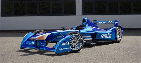 初めての国際的なモーターレース シリーズの中で 電子フォーミュラーが疾走 世界メディア ニュースとモバイル マネー
