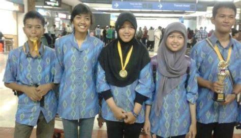 Medali Sekolah Ormas Perusahaan Lomba remaja indonesia raih 3 emas dalam lomba karya ilmiah di