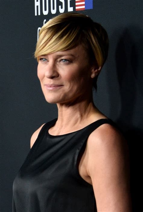 house of cards season 3 robin penns hair robin wright in house of cards season 2 premiere event