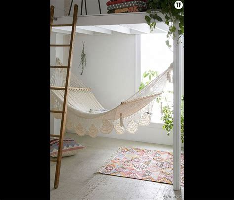 canapé suedois decoration chambre hippie chic
