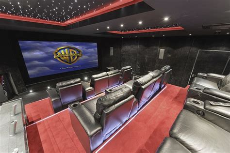 spare bedroom ideas 5 out of the box designs dig this how you can have a cinema in your spare room by guy
