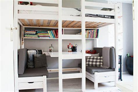 bureau pour lit mezzanine le lit mezzanine et bureau plus d espace archzine fr