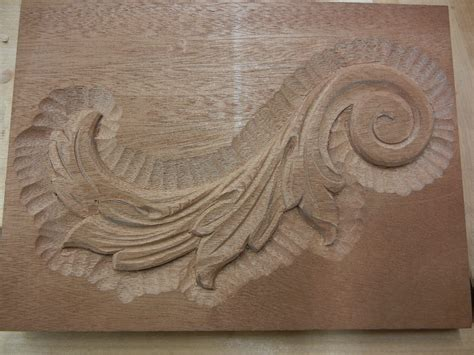 leaf pattern wood carving woodcarving retreat in berea ky mary may woodcarver