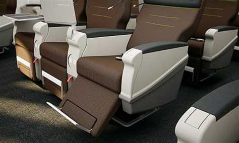 comfort sui alitalia da aprile posti extra comfort anche i voli