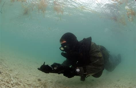 navy seal dive photo navy seal diver armed with pistol