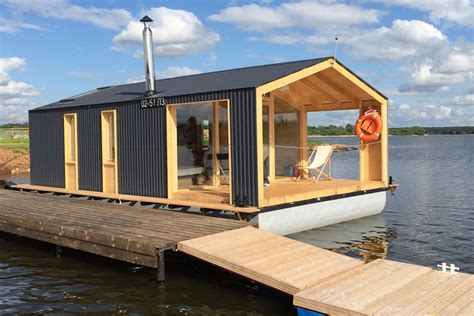 Small Beach House On Stilts Dubldom Houseboat A Modular Floating Cabin Dubldom