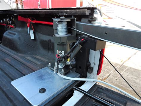 Truck Bed Hoist by Bed Mounted Hoist Crane Lift Etc Ford Truck