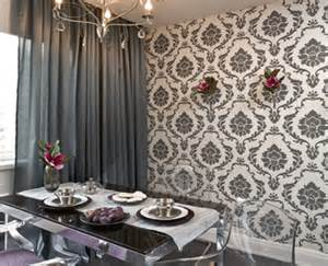 Black And White Wallpaper Ideas And Silver Add Mystery And Chic To Modern Kitchen Decor