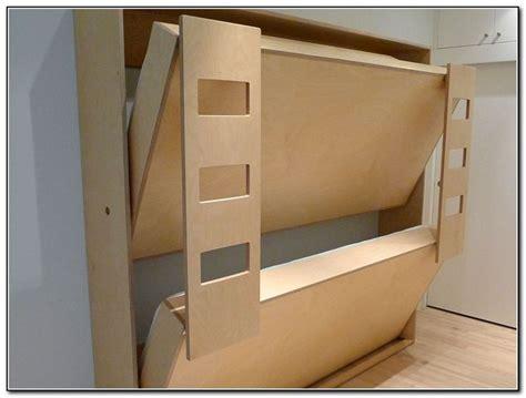fold  bed  child cargo trailer camper conversion