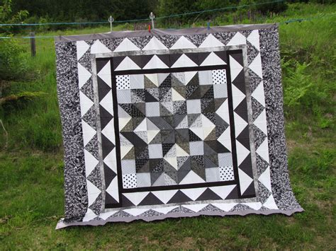 Carpenters Quilt Pattern by Valeriediecutsforquilters To The Finish Line Hst
