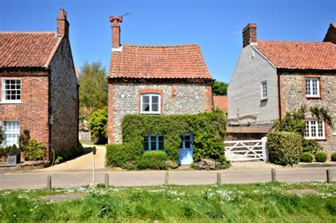 this tiny cottage in norfolk is for sale for 163