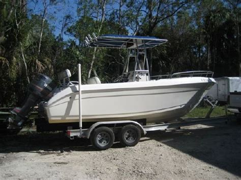 cobia boats brochure 2004 cobia boats 214 cc boats yachts for sale