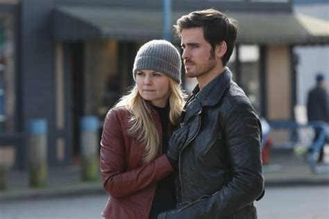 emma stone hook once upon a time season 5 spoilers watch hook and emma