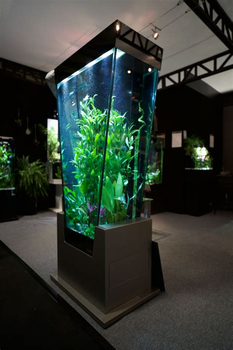 aquarium design en colonne colonne aquarium en v vissaya colonnes aquariums