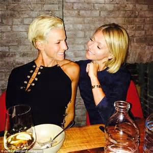 is kelly ripa fight with jessica seinfeld jessica seinfeld celebrates her fun filled birthday with