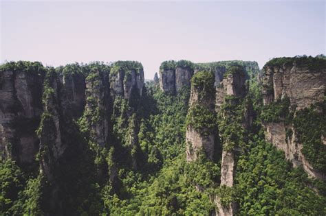 avatar film in china zhangjiajie national forest the avatar mountains in china