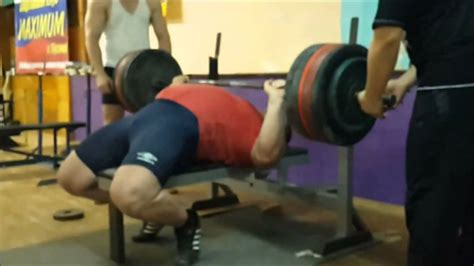 elbow pain bench press elbow tucking when bench pressing gtfih lifters