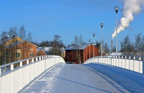 fotos helsinki invierno ciudad edificios finlandia invierno nieve puente aldea