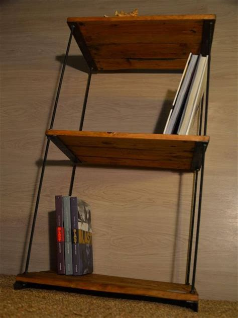 diy pallet shelves recycled bookshelves