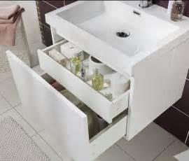 20 astuces rangement pour optimiser une salle de bains