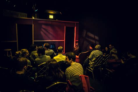 public house theatre chicago comedy clubs the best places to find the funny in chicago