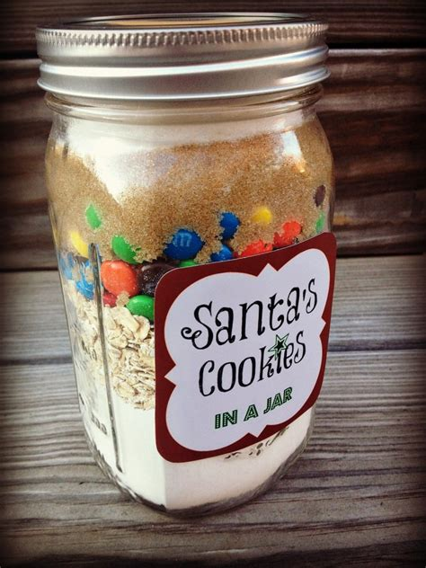5 diy holiday baked gifts in a jar with free printable