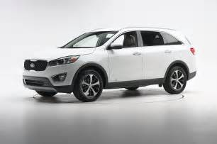 2016 Kia Sorento Pictures 2016 Kia Sorento Iihs Front Three Quarter Photo 10