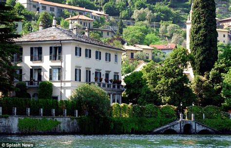 george clooney homes is george clooney going to sell his beloved lake como